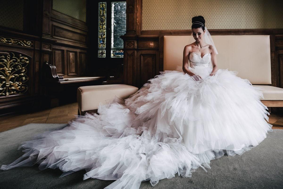 Hochzeitsfotograf Dresden Frauenkirche Heiraten Hochzeitsfotos Reportage Trauung Standesamt Goetheallee Brautkleid