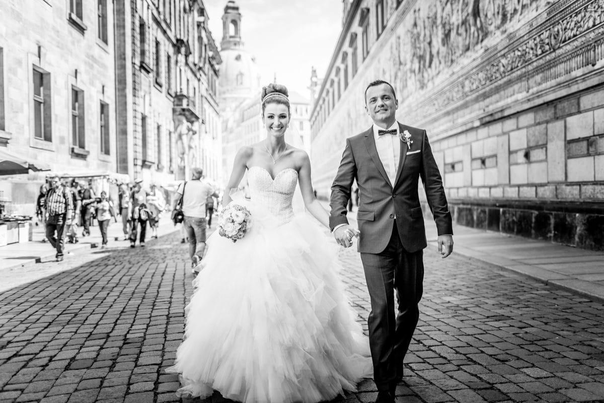 Hochzeitsfotograf Dresden Frauenkirche Heiraten Hochzeitsfotos Reportage Trauung Fürstenzug