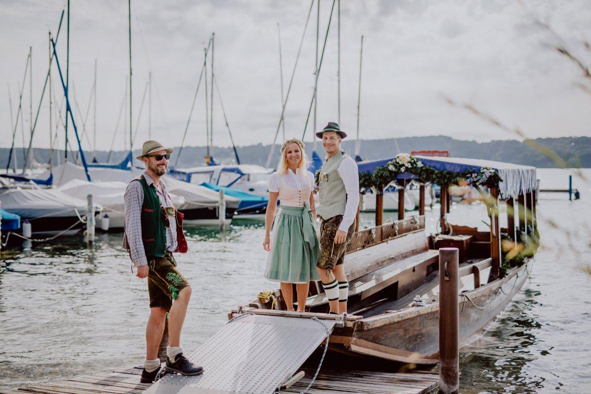 Hochzeitsfotograf Hochzeitsfotos Roseninsel Starnberger See Bayern Tracht Bootsfahrt