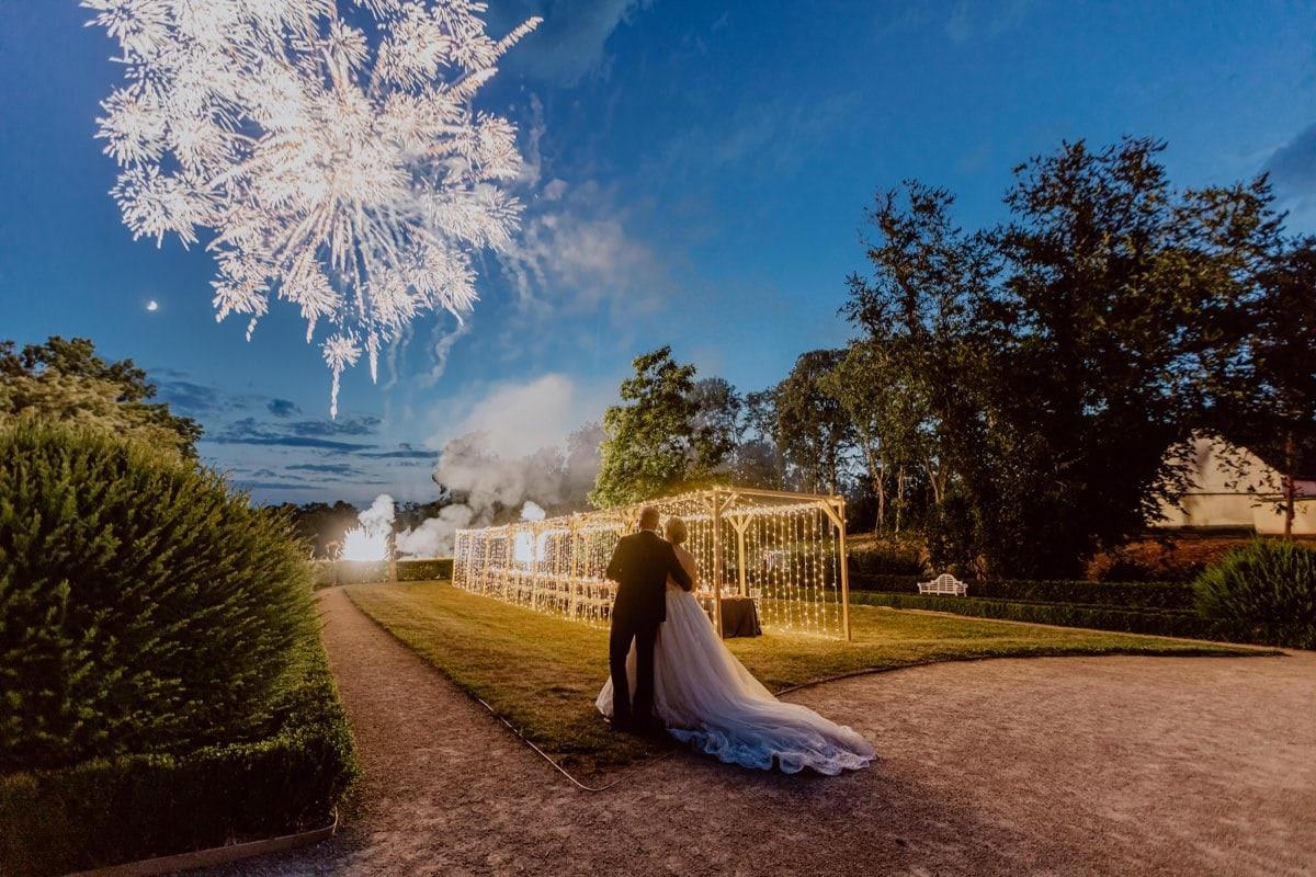Schloss Proschwitz Heiraten Feuerwerk Brautpaar