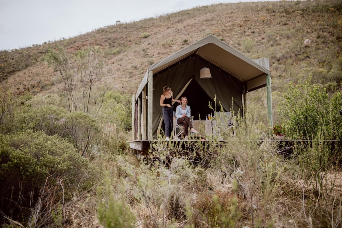bride getting ready safari style Gondwana ecocamp tent