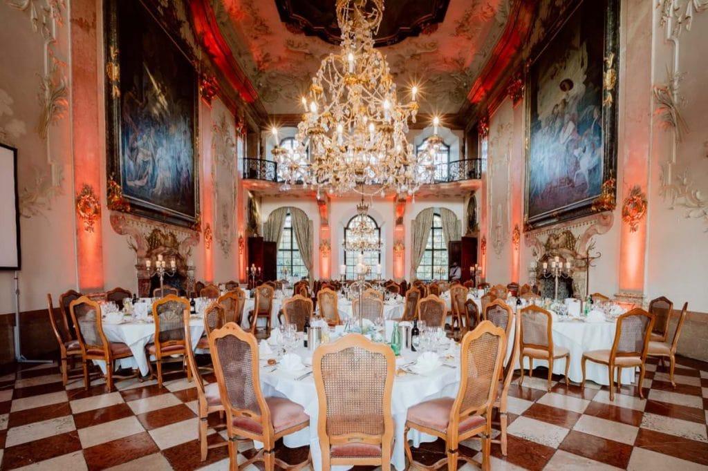 Ballsaal Hochzeitsdinner heiraten Hotel Schloss Leopoldskron Salzburg