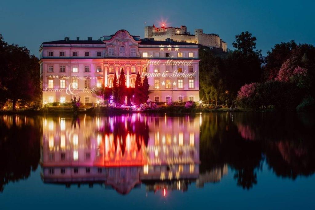 Hochzeitsfotos Salzburg Hotel Schloss Leopoldskron See Nacht Lichtshow Feuerwerk