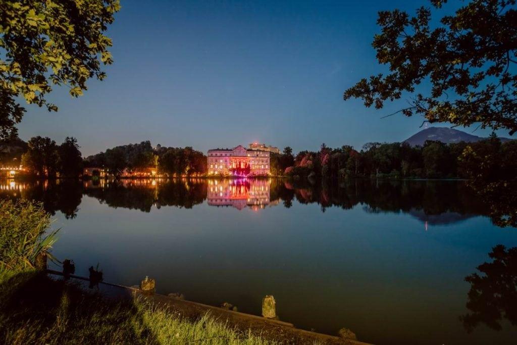 Hochzeitsfotos Salzburg Hotel Schloss Leopoldskron See Nacht